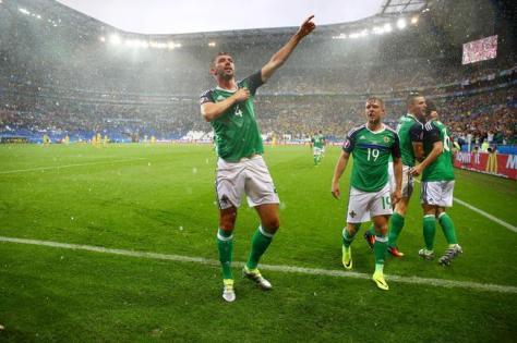 euro-2016-une-premiere-historique-pour-l-irlande-du-nord-iconsport_bpi_160616_30_11,146194
